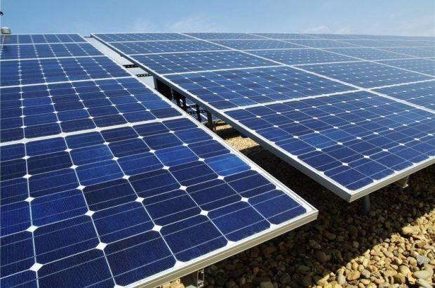 تولید ۵۰۲ مگاوات ساعت برق در نیروگاه خورشیدی قم