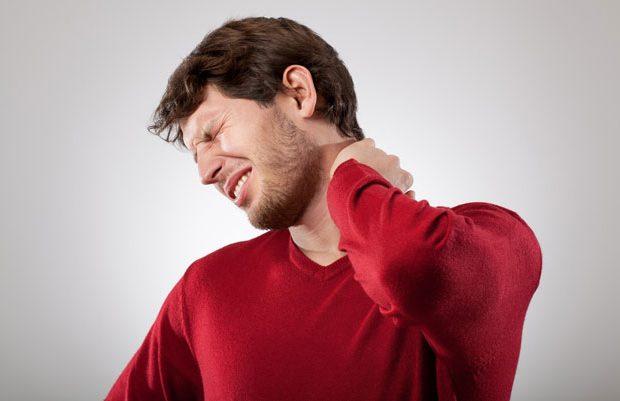 پنج حرکت برای تسکین درد گردن