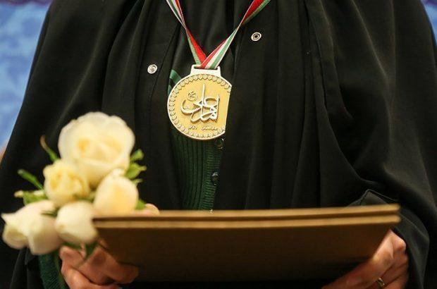 برگزیدگان دوازدهمین مسابقات قرآنی دارالقرآن امام علی(ع) تجلیل شدند