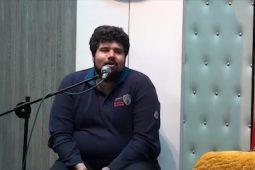 شعرخوانی طنز امین شفیعی در سیوهشتمین محفل طنز قمپز