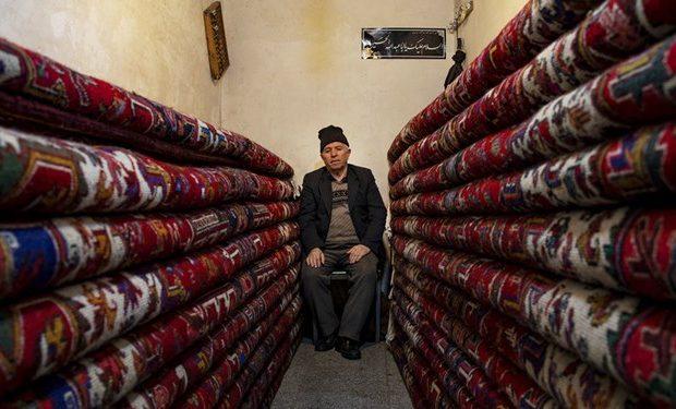 افزایش تعرفه واردات ابریشم قیمت فرش را گران کرد