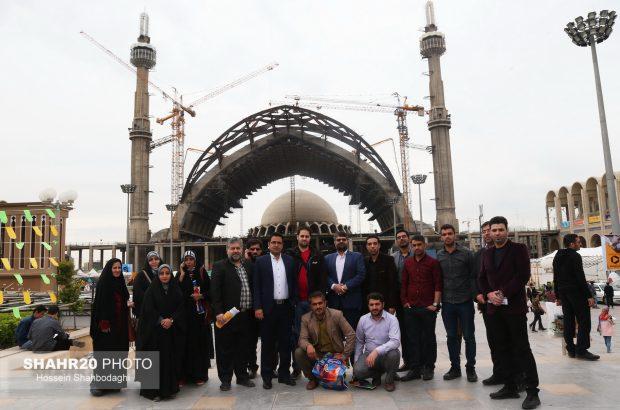 خبرنگاران قم از نمایشگاه کتاب تهران بازدید کردند+تصاویر