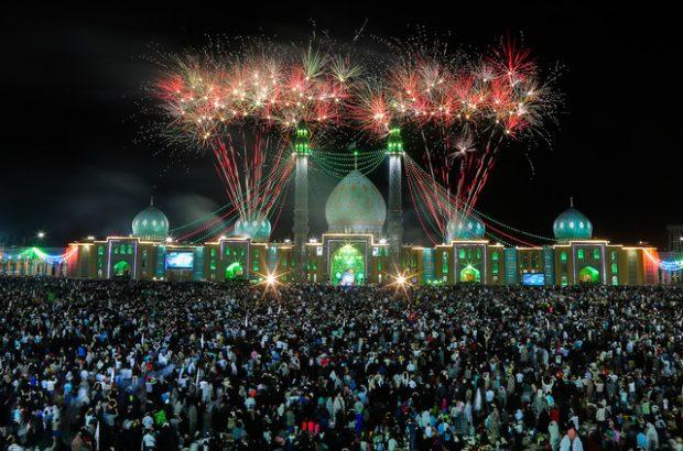 حضور خیل گسترده زائران همزمان با نیمه شعبان در مسجد مقدس جمکران
