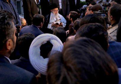 حضور چشمگیر شاعران قمی در دیدار با رهبر انقلاب