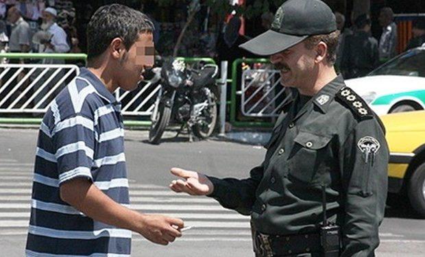 برخورد قانونی پلیس قم با روزه خواری در انظار عمومی