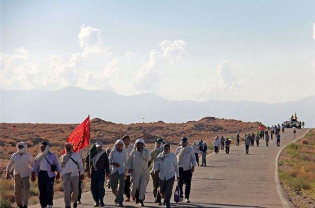 شانزدهمین کاروان پیادهروی حرم امام رضا(ع) از قم راهی مشهد مقدس شد