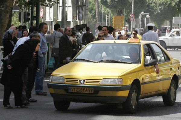 ماجرای تحویل کیف پول میلیونی توسط راننده امانتدار قمی