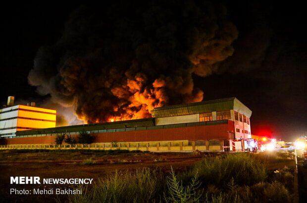 اطفای حريق انبار سيلندر گاز در بلوار امام رضا قم