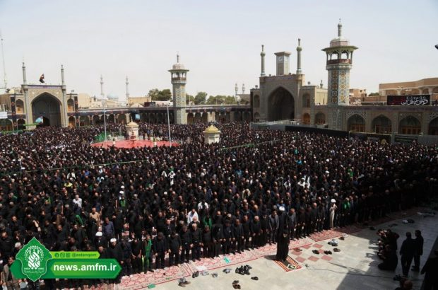 اقامه نماز ظهر عاشورا در حرم حضرت معصومه(س) و جمکران