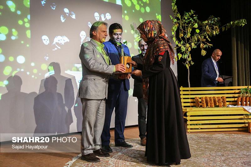 تصاویر/ مراسم اختتامیه بیستویکمین جشنواره تئاتر قم