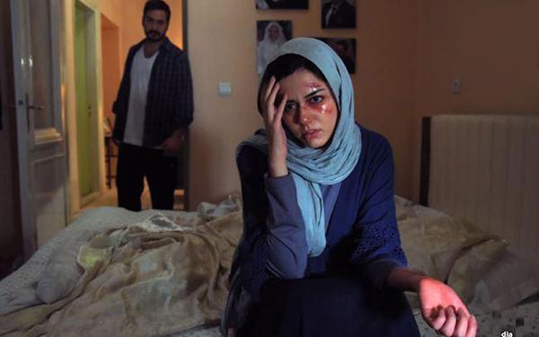 آمار خشونتهای جنسی مطلوب نیست/ زنان مطلقه آسیبپذیرترین قشر زنان