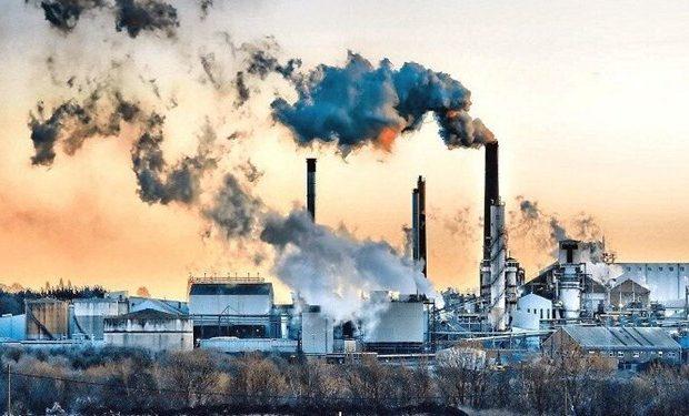 هر صنعتی را به هر قیمتی به قم آوردیم/ چه کسی باور میکرد قم به دلیل آلودگی تعطیل شود