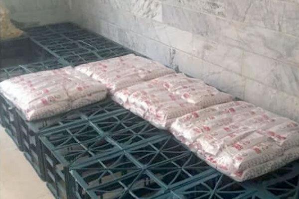 کارگاه غیرمجاز آمادهسازی ساندویچهای سرد در قم کشف شد