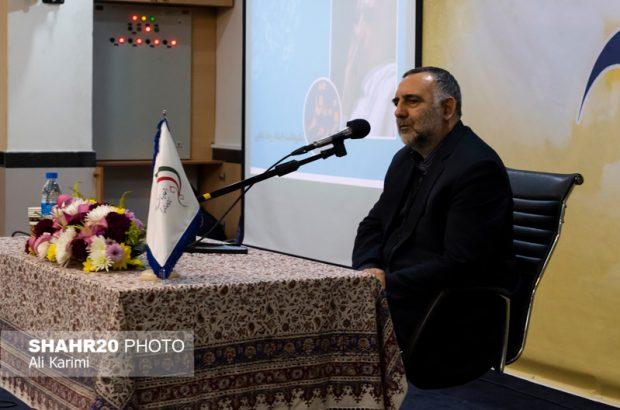 ویژگی برجسته استاد بابایی اعتدال در فکر و عمل است/ علاقه به زبان فارسی در قلم این نویسنده تجلی دارد