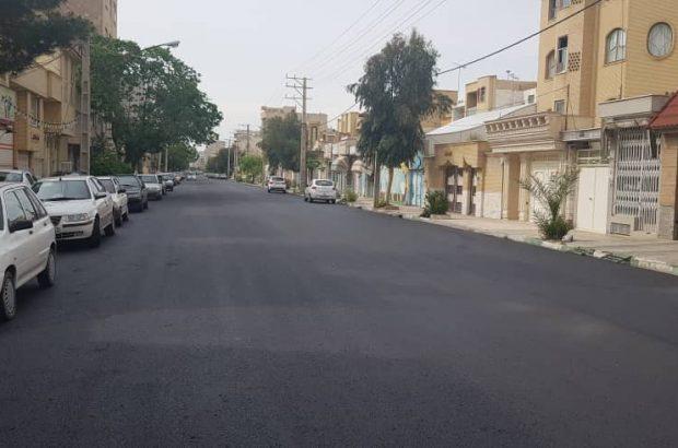اجرای عملیات روکش آسفالت خیابان فجر در قم