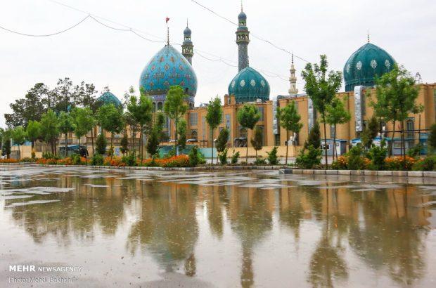 گشایش درهای مسجد مقدس جمکران با حضور خانواده شهدا