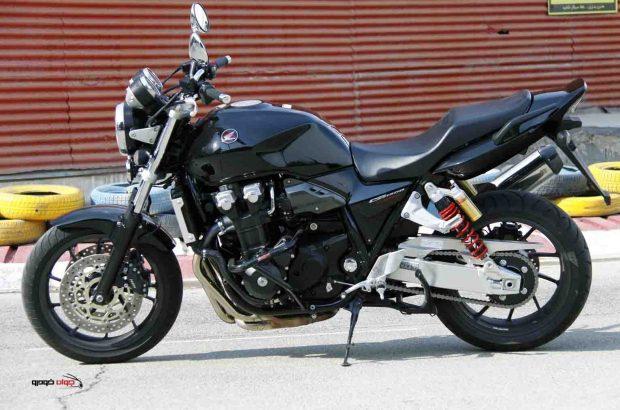 توقیف موتورسیکلت سنگین ۱۳۰۰ در قم