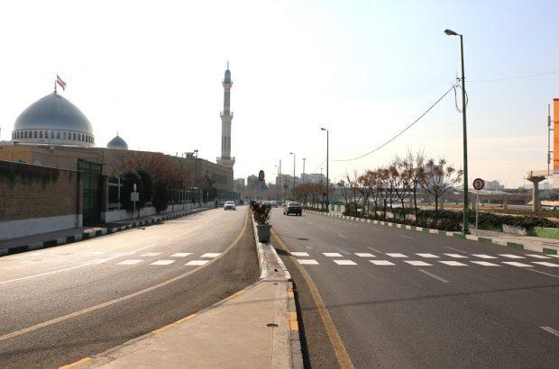 مسیرهای تردد عابرین پیاده به مصلای نماز جمعه قم ایمنسازی شد