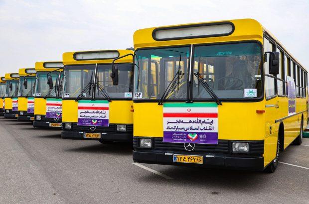 ورود ۲۰ دستگاه اتوبوس و ۸۳ دستگاه تاکسی به ناوگان حملونقل قم +تصاویر