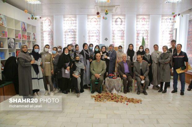 برگزاری محفل ادبی «شهد و شکر» در کانون پرورش فکری قم